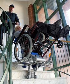 Trappklättrare rullstol hyra